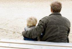 С кем папе оставить ребенка?